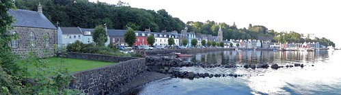 Tobermory with the tide in