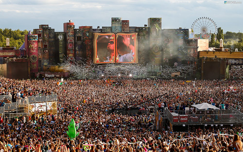Tomorrowland 2012 Wallpaper (16:10)