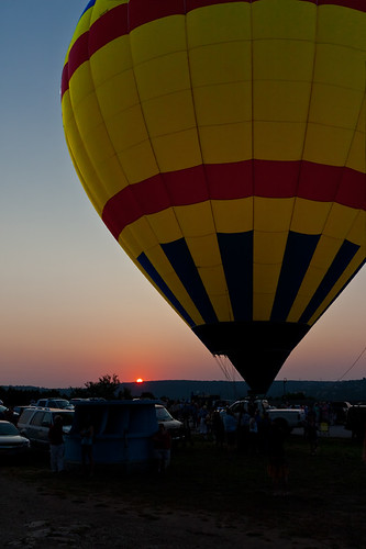 morning silhouette sunrise austin texas horizon hotair balloon hotairballoon byronf mygearandme