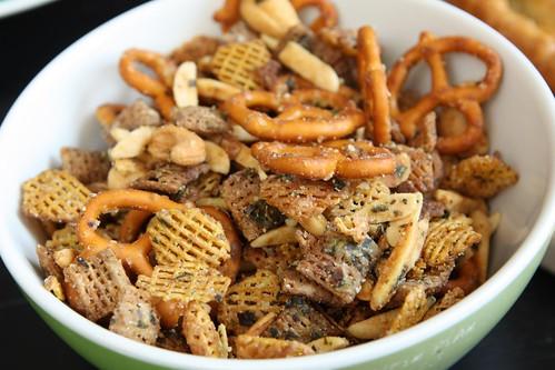 Great Aunt Pat's Herbed Italian Snack Mix