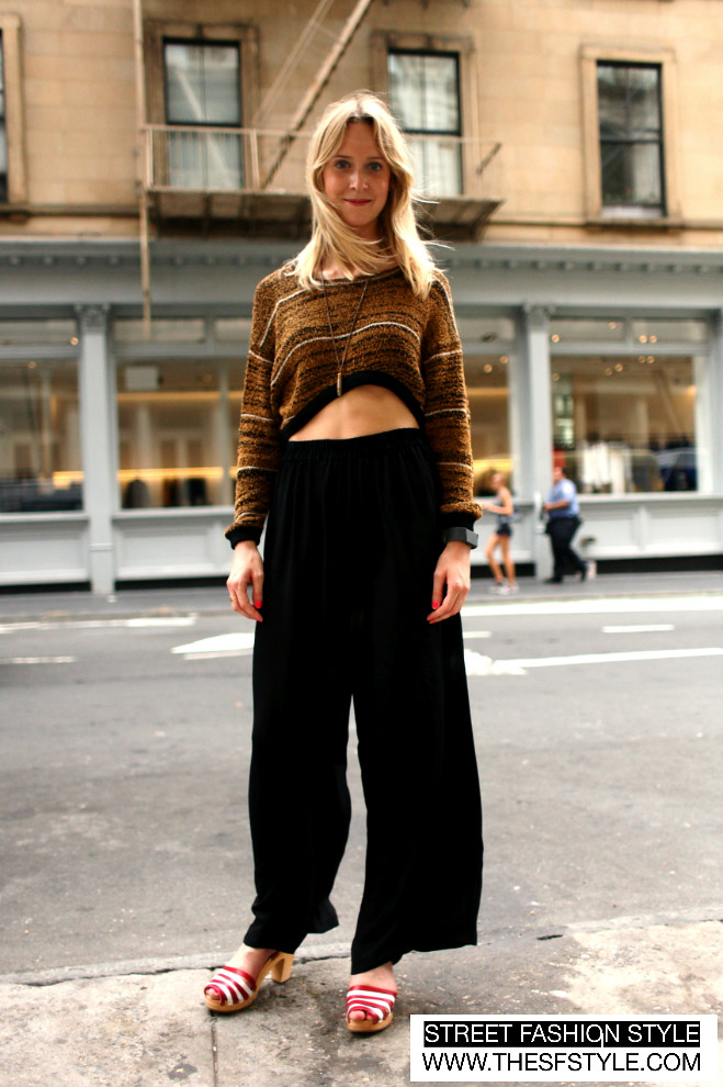 mutewatch, palazzo pants, crop sweater, sandals, nyc, new york, street fashion style, fashion blog, streetstyle, sfs,