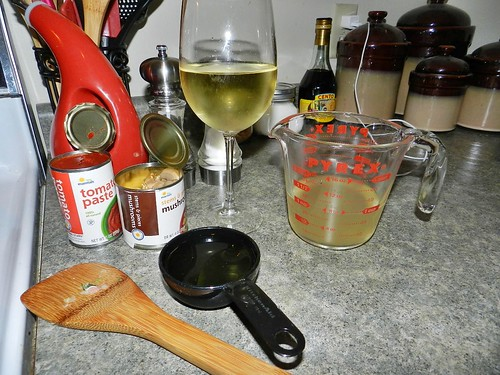 Cooking with wine (6)