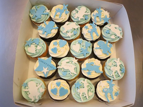 Baby Shower Boy Cupcakes by CAKE Amsterdam - Cakes by ZOBOT