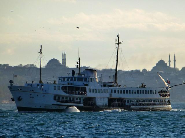 Istanbul - avril 2012 - jour 6 - 114 - Vapur - Sur le Bosphore