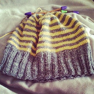 My first hat, 95% done... just need learn how to stitch the top.