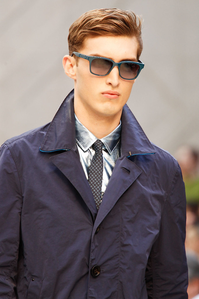 Charlie France3646_SS13 Milan Burberry Prorsum(VOGUE)