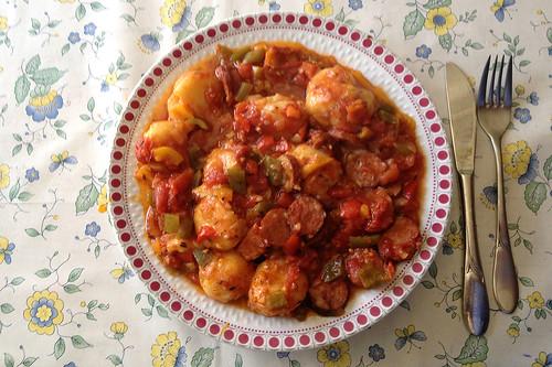Knödel-Paprika-Auflauf mit Cabanossi - aufgewärmt / Dumpling paprika casserole with cabanossi - Reheated