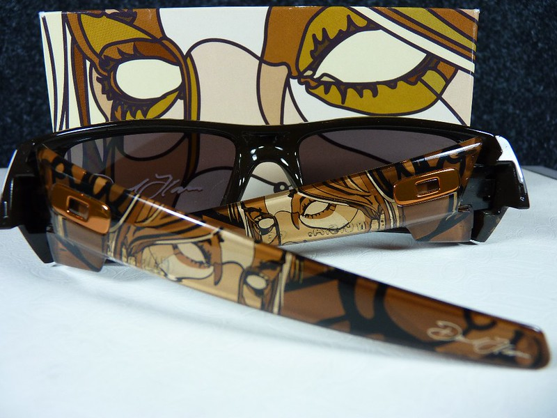 Oakley Gascan Brown w/Warm Grey - David Flores
