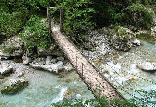 Tolminas tiltiņš