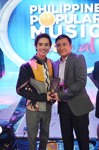 Sam Concepcion with Soc Villanueva (composer of Kontrabida, 2nd runner-up)
