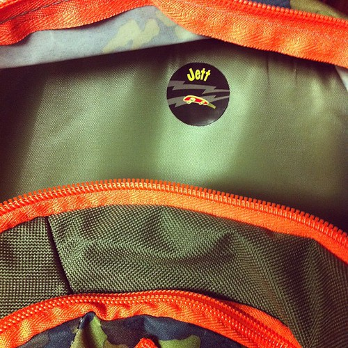 A shoe label inside of his backpack works perfectly! @mabelhood #mabelslabels