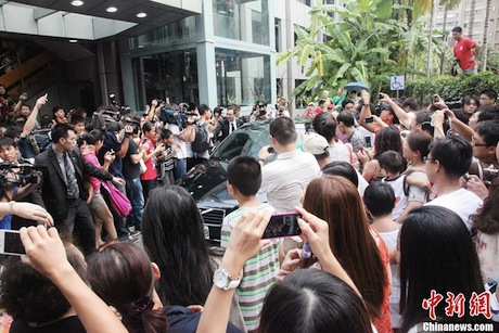 August 3rd, 2012 - A big crowd awaits Jeremy Lin's arrival at the Nan Shan Secondary School in Taipei