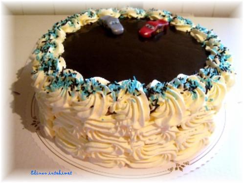 Autot-kakku_2