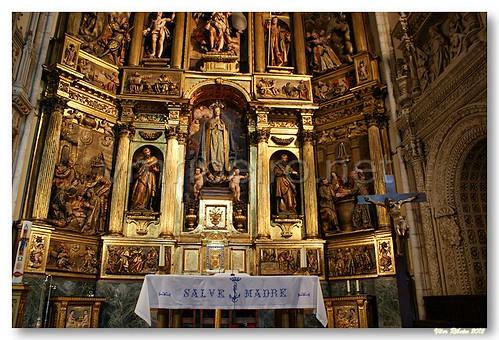 Detalhe do Retábulo-mor da igreja de S. Miguel Arcanjo by VRfoto