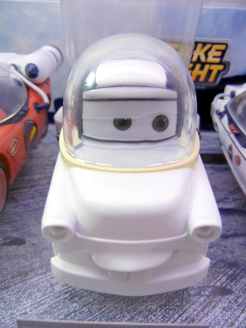 disney store cars mater to the moon set (3)