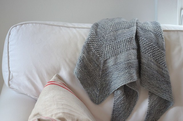 textured shawl_485