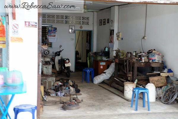 Singora Tram Tour - songkhla old town thailand-007