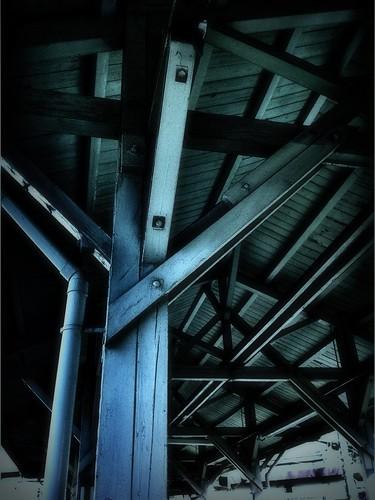 木組みの屋根 / Wooden roof
