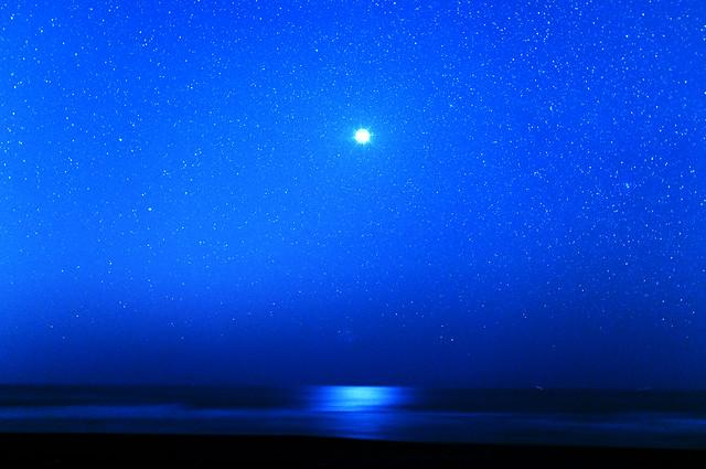 九十九里浜で金星に見蕩れていた[explore]