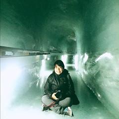 In the ice tunnel. #switzerland #lp