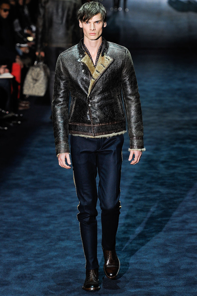 Angus Low3016_FW12 Milan Gucci(VOGUE)
