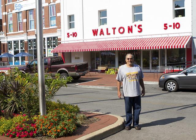 walton5&10