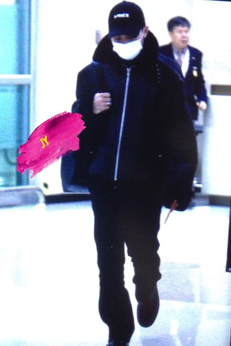 BIGBANG (wout Seungri) arrival Seoul Gimpo from Beijing 2016-01-02 (12)