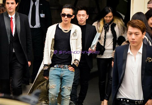 G-Dragon - Chanel Fashion Show - 27jan2015 - StarshootinP - 05