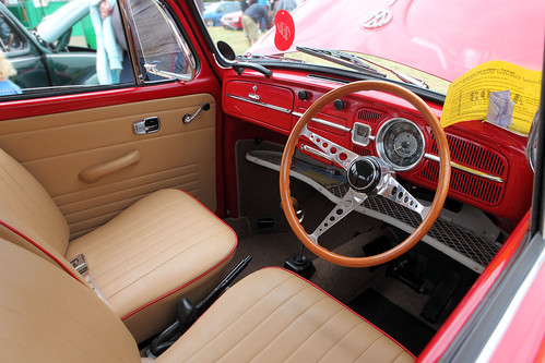 volkswagen beetle interior dash c1966 a photo on flickriver. Black Bedroom Furniture Sets. Home Design Ideas