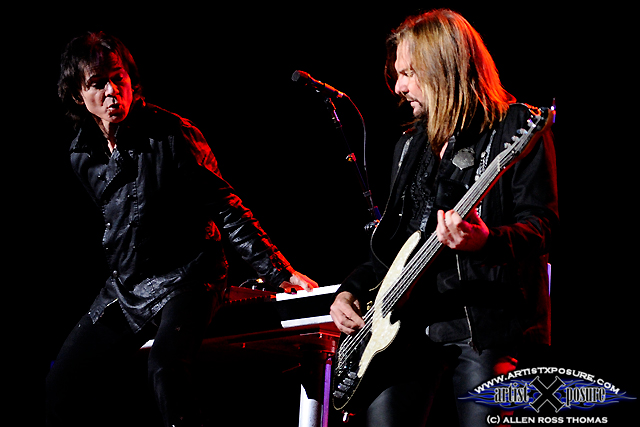 Lawrence Gowan / Ricky Phillips