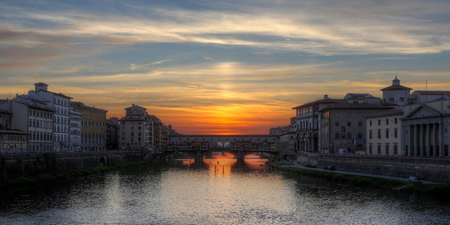 Ponte Vecchio evening pano