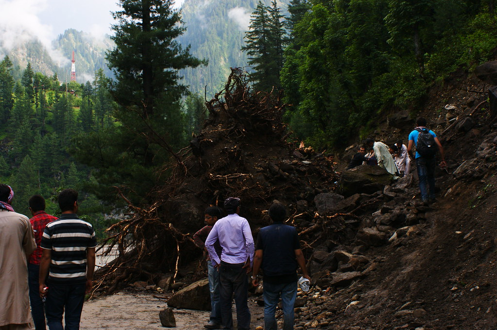 """MJC Summer 2012 Excursion to Neelum Valley with the great """"LIBRA"""" and Co - 7635596394 2271087a7a b"""
