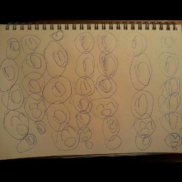 20120802 蕎安颱風天畫畫 毛毛蟲們。