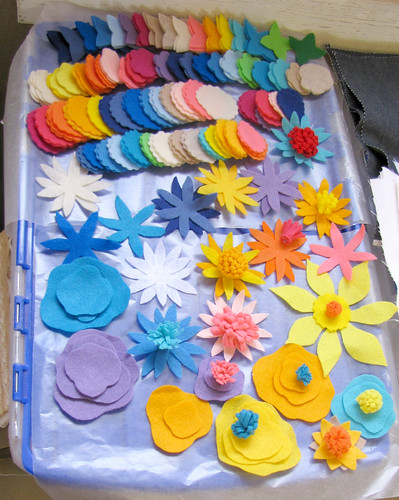 felt flower pieces