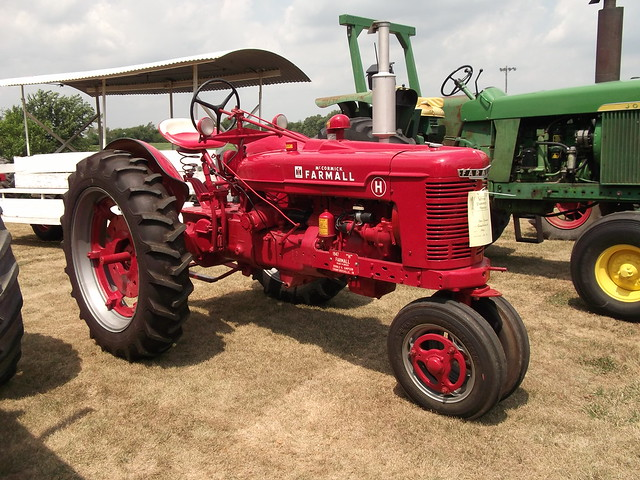 Ih Garden Tractors : Farmall type h tractor flickr photo sharing