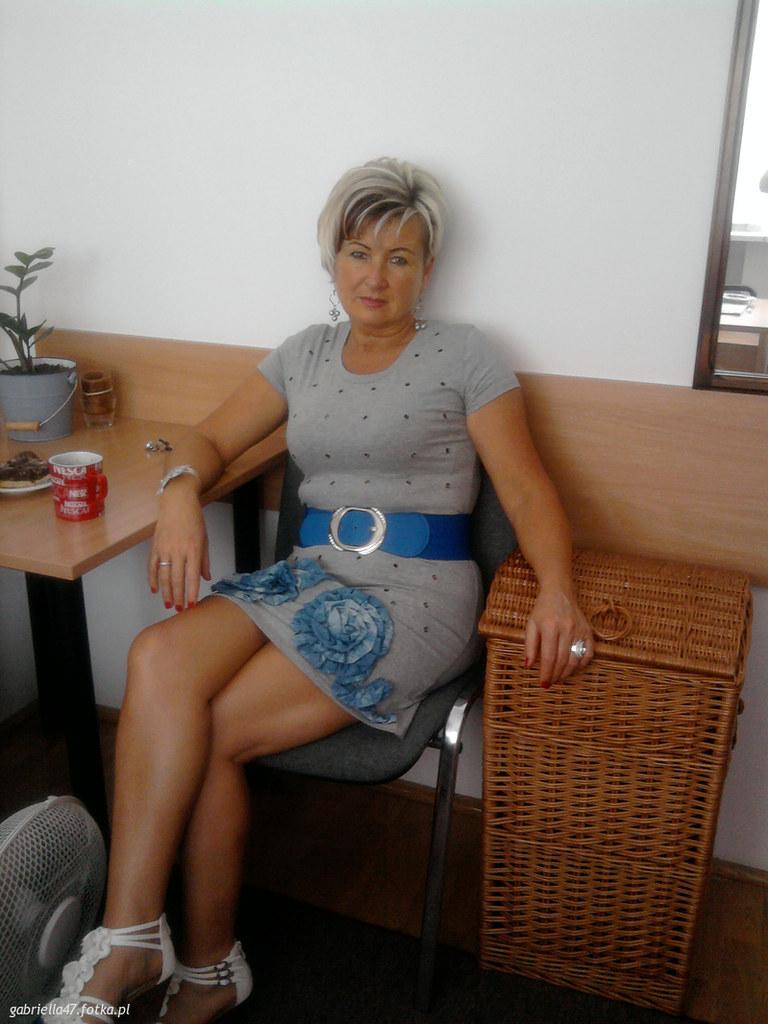 mature mom Sexy