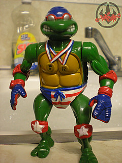 """TURTLE GAMES"" TEENAGE MUTANT NINJA TURTLES :: SUPER-SWIMMIN' RAPH iii (( 1992 ))"