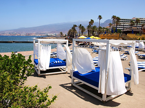 Balinese Beds, Playa de las Américas, Tenerife