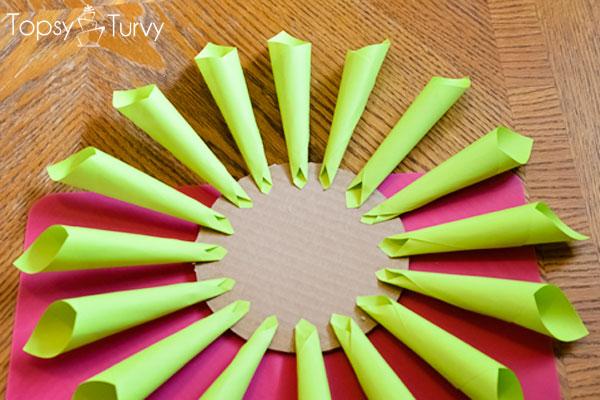 neon-Paper-dahlia-green
