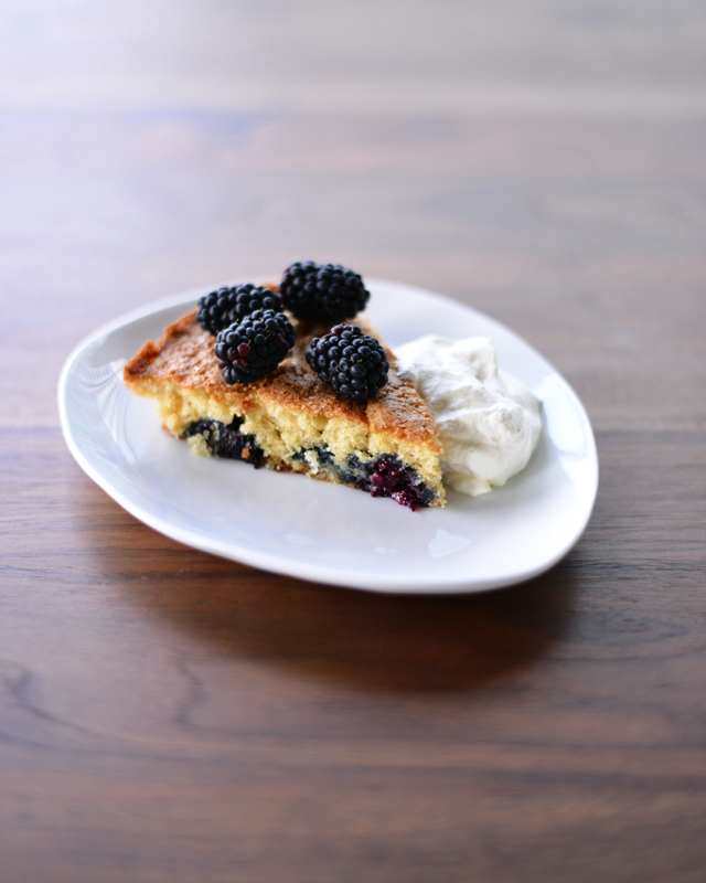 buttermilk-cake-with-blackberries_2