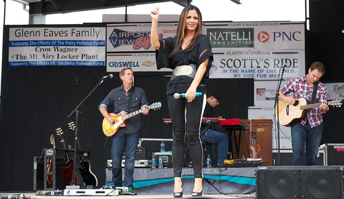 RCS_6849 - Sara Evans at PPF FFF event! by CraigShipp.com Photos - Events / People / Places