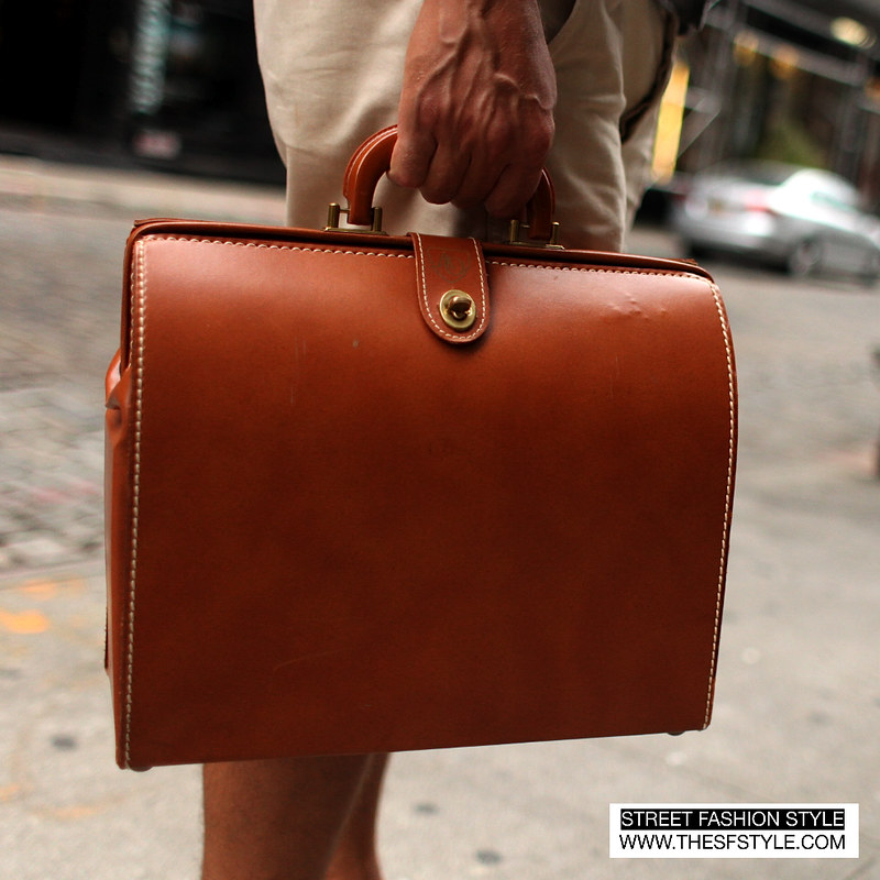 vintage, man morsel monday, nyc, new york, street fashion style, briefcase, summer fashion, linen, shorts,