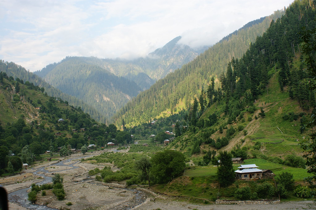 """MJC Summer 2012 Excursion to Neelum Valley with the great """"LIBRA"""" and Co - 7588320438 1e9507583b b"""