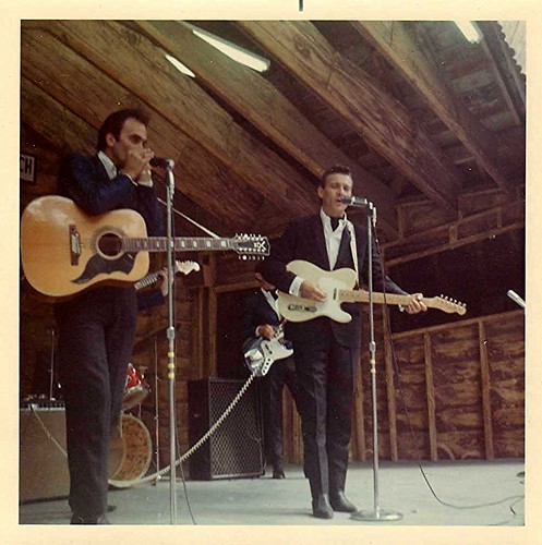 img023_Waylon_Jennings_at_Buck_Lake_Ranch_1967_or_1968