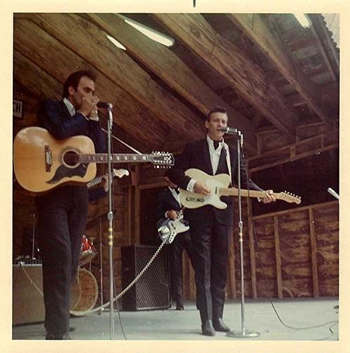 img023_Waylon_Jennings_at_Buck_Lake_Ranch_1967_or_1968
