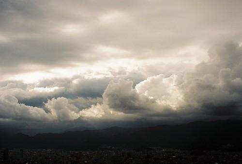 sky cloud 50mm iso100 nikon kodak f14 shikoku nikkor kochi ai f3hp ektar100