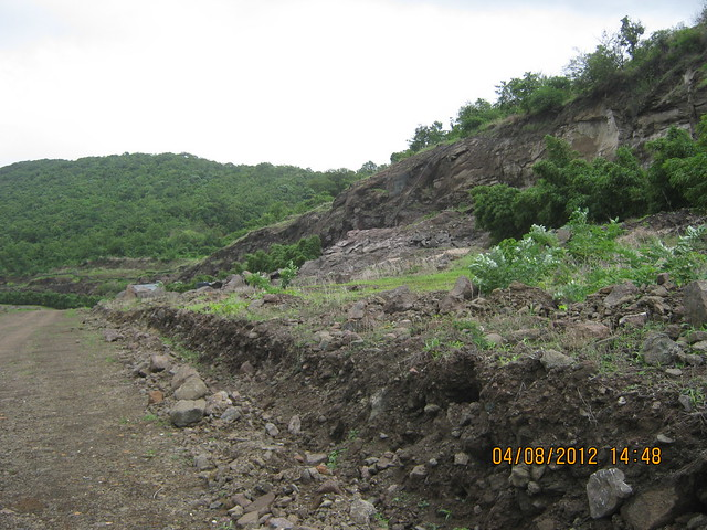 Cut, Demolished & Destroyed Hill of XRBIA Hinjewadi Pune - Nere Dattawadi, on Marunji Road, approx 7 kms from KPIT Cummins at Hinjewadi IT Park - 79
