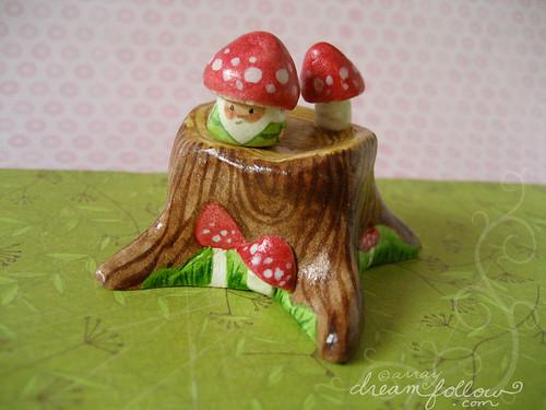 mushroom stump habitat