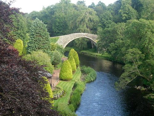 Auld Brig o' Doon, Alloway, from newer bridge