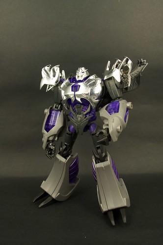 TFP AM-15 Megatron Darkness 2